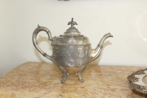 Silver plated French Tea Pot : The French Antique Store