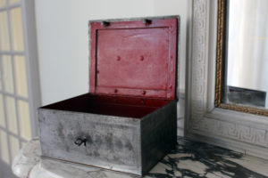 French Safe Box : The French Antique Store
