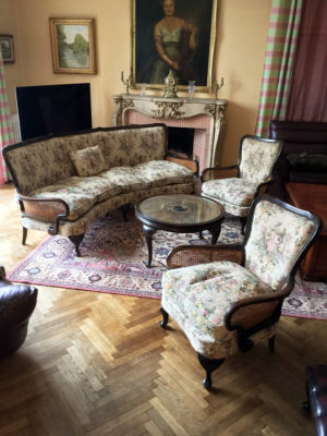 20th C French Bergere Suite Caned Suite Original Tapestry Upholstery 1