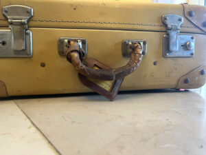 1940s Vintage Suitcase Constellation fibre vulcanisee - the french antique store 3