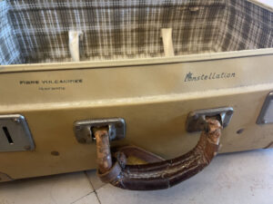 1940s Vintage Suitcase Constellation fibre vulcanisee - the french antique store 4